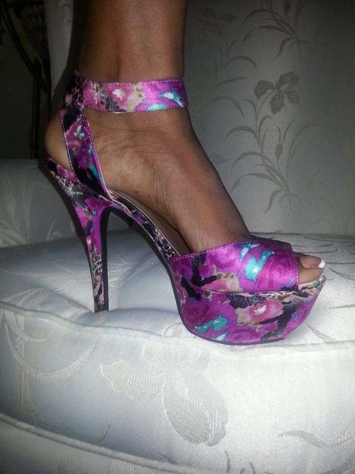 Vanessa Bell Armstrong shoes